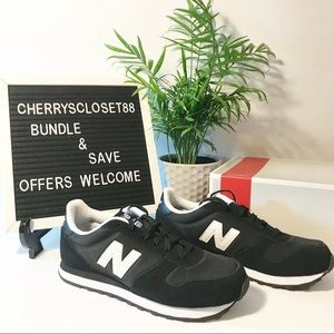 New balance 311 black $ white shoes